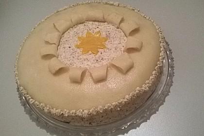 Walnuss - Marzipan - Torte 48