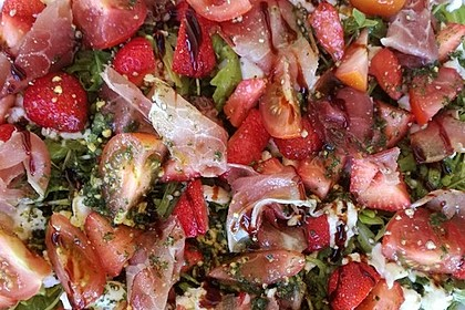 Rucola-Erdbeersalat mit Mozzarella 7
