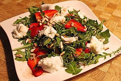 Rucola-Erdbeersalat mit Mozzarella 3