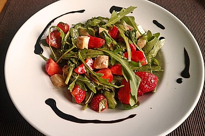 Rucola-Erdbeersalat mit Mozzarella 2