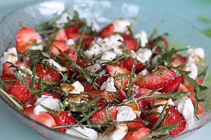 Rucola-Erdbeersalat mit Mozzarella 5