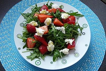 Rucola-Erdbeersalat mit Mozzarella 6