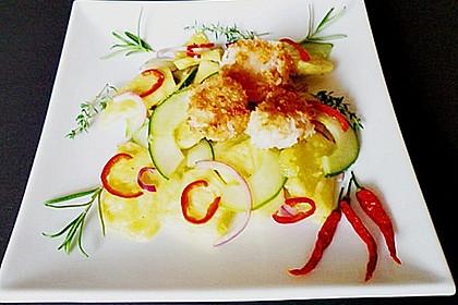Scharfer Ananas - Gurken - Salat mit Kokos - Garnelen 1