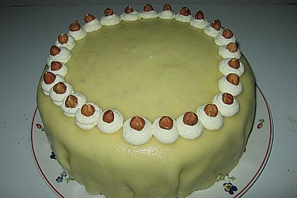 Marzipan - Nuss - Torte 4