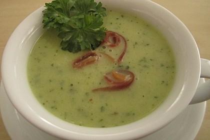 Schnelle Zucchini - Cremesuppe