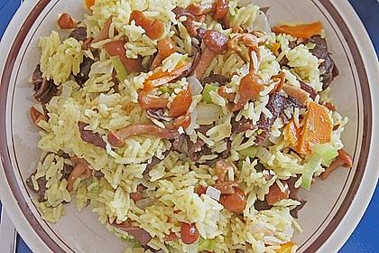 Reispfanne mit Pilzen