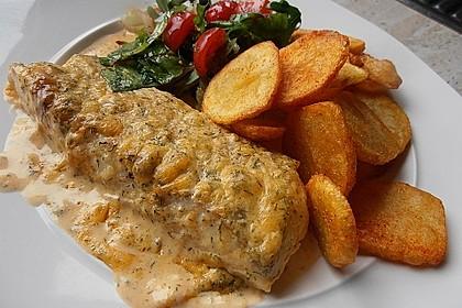 Seelachsfilet mit Rahmlauch und Kartoffelklößchen