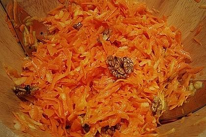 Möhren-Apfel-Salat 22