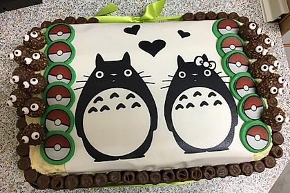 Festliche Torte mit Vanillecreme und Erdbeermousse 12