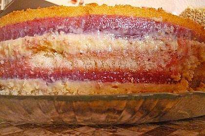 Festliche Torte mit Vanillecreme und Erdbeermousse 119