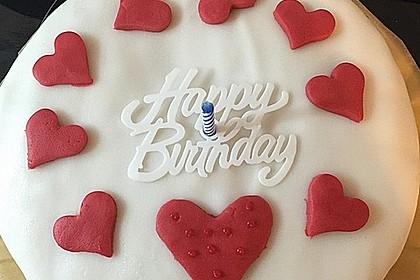 Festliche Torte mit Vanillecreme und Erdbeermousse 92