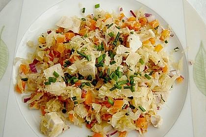 Sauerkraut - Salat mit Hähnchenbrust