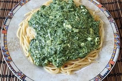Spaghetti mit Spinat - Feta - Knobi - Soße 15