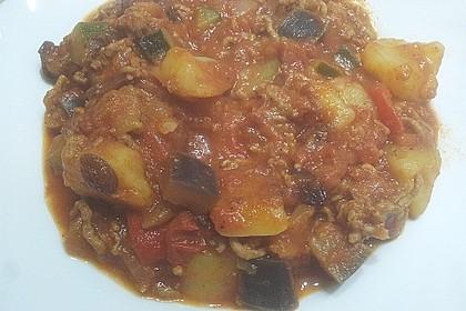 Arabische Hackfleisch - Gemüse - Pfanne mit Couscous 5