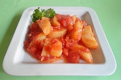 Kartoffeln in Tomatensoße (Patates Yahni)