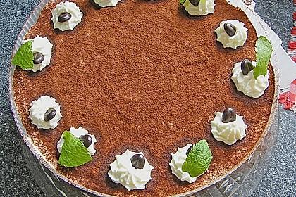 Tiramisu Torte mit Trauben
