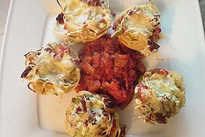 Spaghetti - Muffins mit Tomatensauce 2