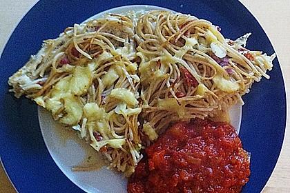 Spaghetti - Muffins mit Tomatensauce 4