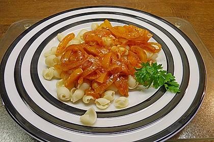 Nudelpfanne mit Paprika und Cabanossi