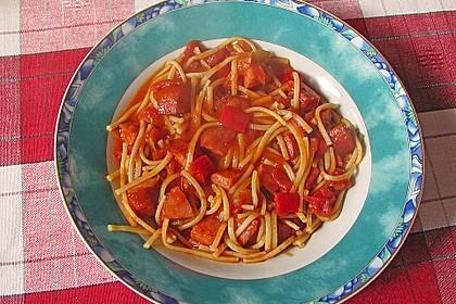 Nudelpfanne mit Paprika und Cabanossi 10