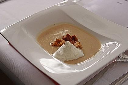 Selleriecremesuppe mit Parmesan 4