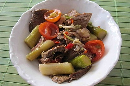Chinesisches Rindfleisch mit Spargel 1