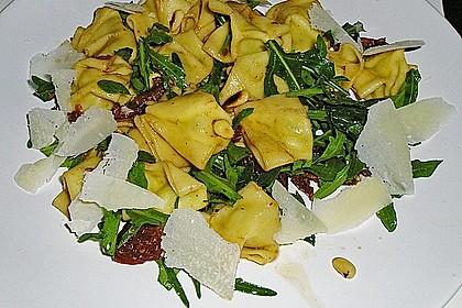 Fusilli - Salat mit getrockneten Tomaten