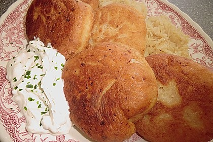 Langosch aus Kartoffelteig