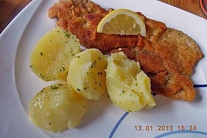 Schweineschnitzel Wiener Art, gebacken 3