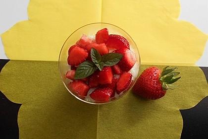 Milchreis mit Erdbeeren (Bild)