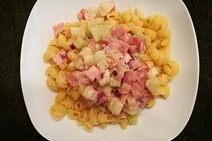 Nudeln mit Kohlrabi-Schinken-Sauce 42