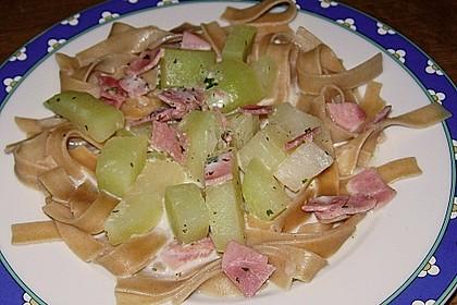 Nudeln mit Kohlrabi-Schinken-Sauce 39