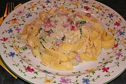 Nudeln mit Kohlrabi-Schinken-Sauce 37