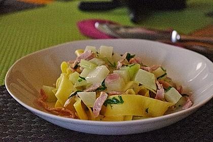 Nudeln mit Kohlrabi-Schinken-Sauce 10