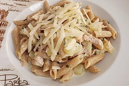 Nudeln mit Kohlrabi-Schinken-Sauce 23