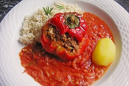 Gefüllte Paprika mit Hackfleisch, Feta und Zucchini 14