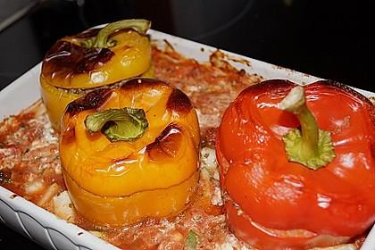 Gefüllte Paprika mit Hackfleisch, Feta und Zucchini 19