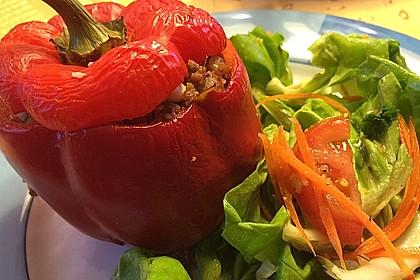 Gefüllte Paprika mit Hackfleisch, Feta und Zucchini 5