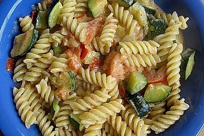 Zucchini und Tomaten in Sahnesoße 1