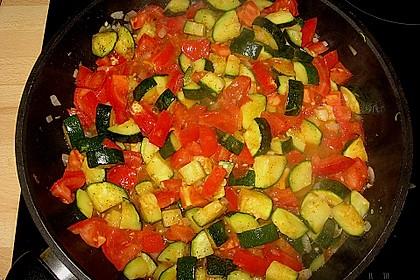 Zucchini und Tomaten in Sahnesoße 7