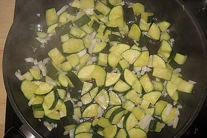Zucchini und Tomaten in Sahnesoße 9