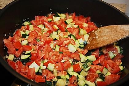Zucchini und Tomaten in Sahnesoße 11
