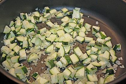 Zucchini und Tomaten in Sahnesoße 12