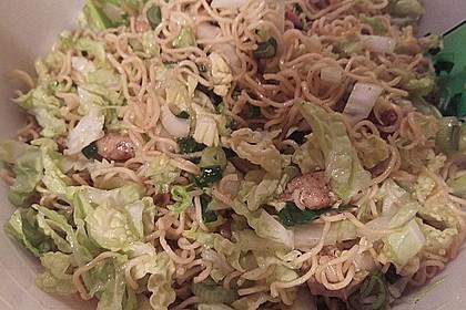 Chinesischer Nudelsalat mit Chinakohl und Lauch 3