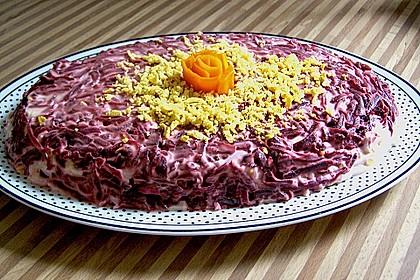Russischer Schichtsalat 'Hering im Pelzmantel' 6