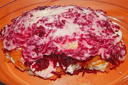 Russischer Schichtsalat 'Hering im Pelzmantel' 26