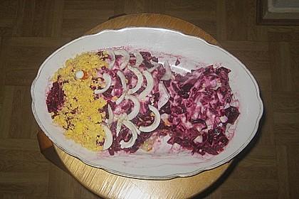Russischer Schichtsalat 'Hering im Pelzmantel' 48