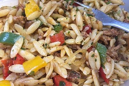 Kritharaki-Salat mit Hackfleisch 37