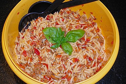 Kritharaki-Salat mit Hackfleisch 48