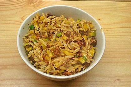 Kritharaki-Salat mit Hackfleisch 51